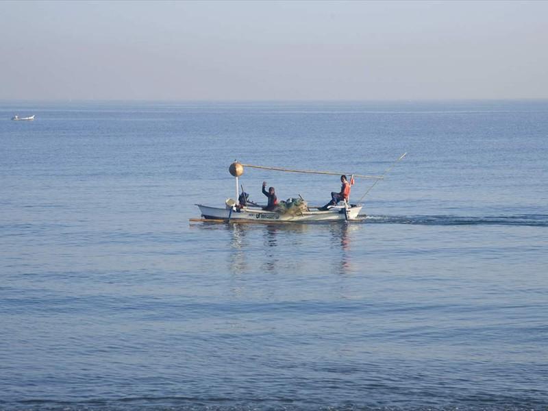 vissers voor villa Pandu